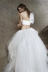 Vera Wang 18