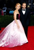 Claire Danes in Oscar de la Renta with husband High Dancy