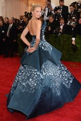 Karolina Kurkova in Marchesa with $1 million worth of Harry Winston diamonds